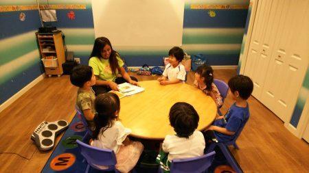 国分寺|英会話・幼稚園・小学生クラス|8月のレッスンの様子
