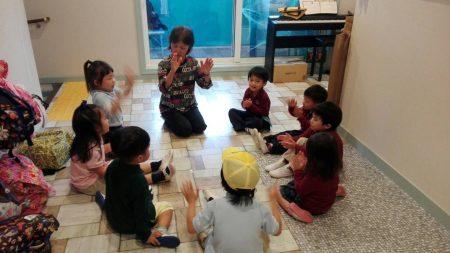 国分寺|インターナショナル・キンダーガーデン|ミュージッククラス10月の様子