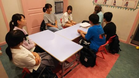 国分寺|英会話・中学生クラス|ジュニアハイキッズ10月の様子